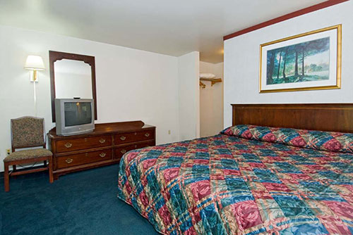 Accomodations in Sequim at the Sequim Bay Lodge